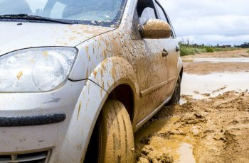 What-to-do-if-your-car-is-stuck-in-mud-1024x683